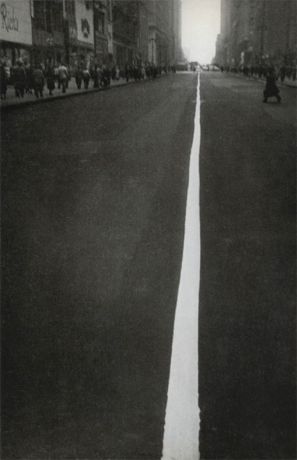 34th Street, New York, 1951. From Robert Frank's Black white and things.