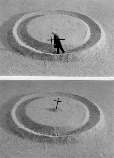 "FIGURA 102 - ""La vie (résumé)"", série fotográfica de Gilbert Garcin (1999)"