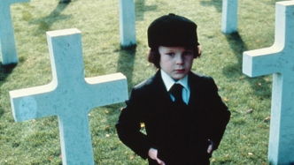 "FIGURA 147 - Still do filme ""The Omen"", de Richard Donner e Tom Jung (1962)"