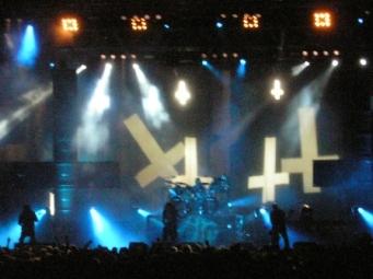 FIGURA 176 - Set de um concerto da banda norte-americana de thrash metal Slayer
