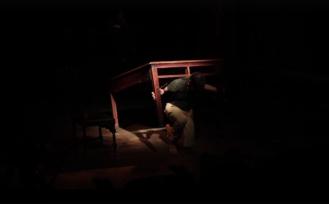 """FIGURA 202 - """"A Evaporação dos Pássaros"""", peça de Colectivo Prisma (Lisboa, Cossoul, 2016)"""