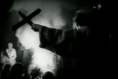"FIGURA 64 - Still do filme ""Faust"", de F. W. Murnau (1926)"